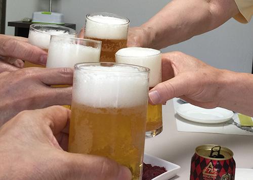 01 乾杯 ビール