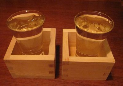 048日本酒.jpg