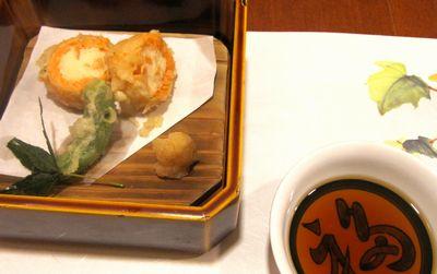 009 さくら海老の秋鮭巻.jpg